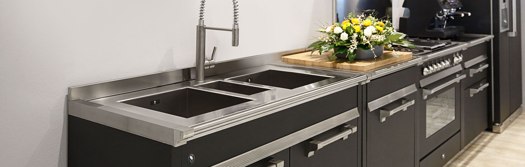 contacts ? steel cucine - Steel Cucine